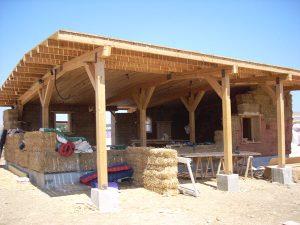 Sistema con estructura de madera postes y vigas - Vigas poliuretano baratas ...